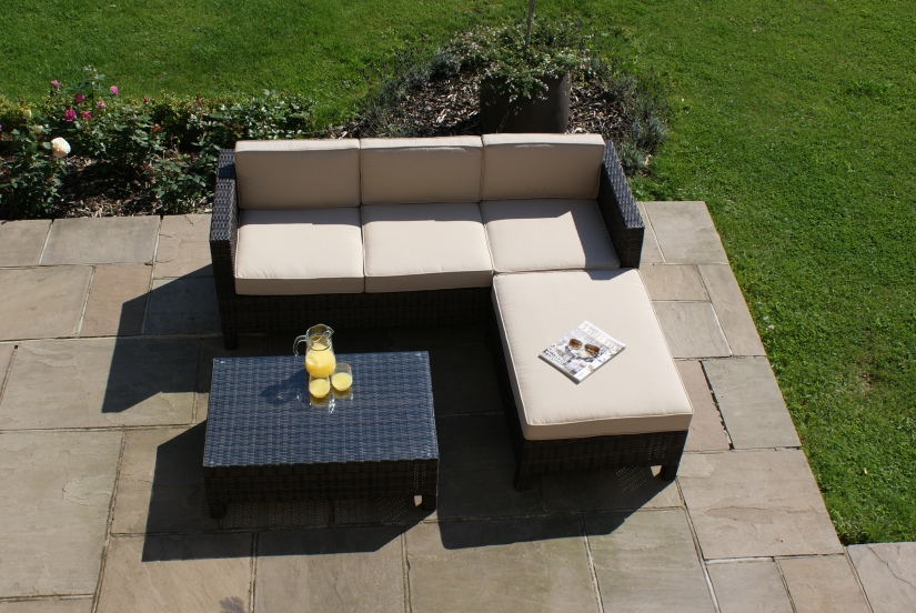 Maze Rattan L.A Casual garden Corner Sofa Dining Set