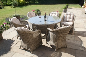 Maze Rattan Winchester 6 seat round Garden Furniture Set