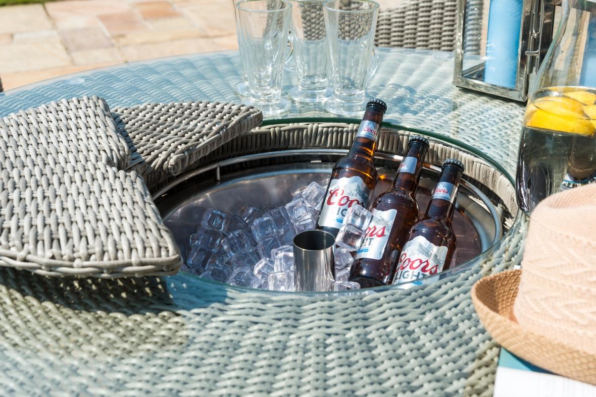 Maze Rattan Oxford 6 seat Round Bar Set With Ice Bucket