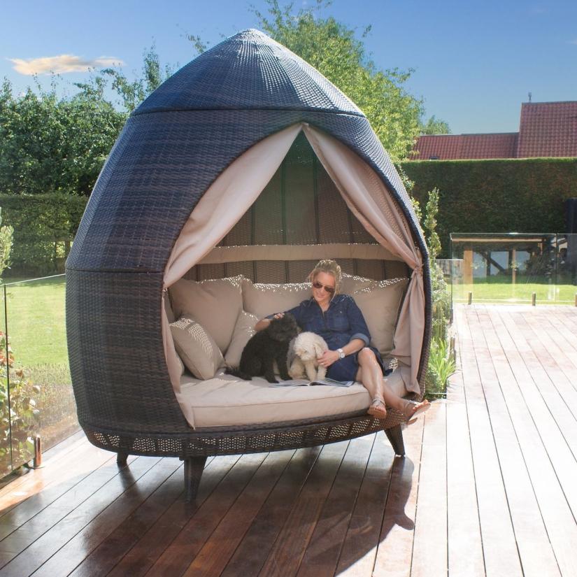 Maze Rattan Garden Furniture Daybed