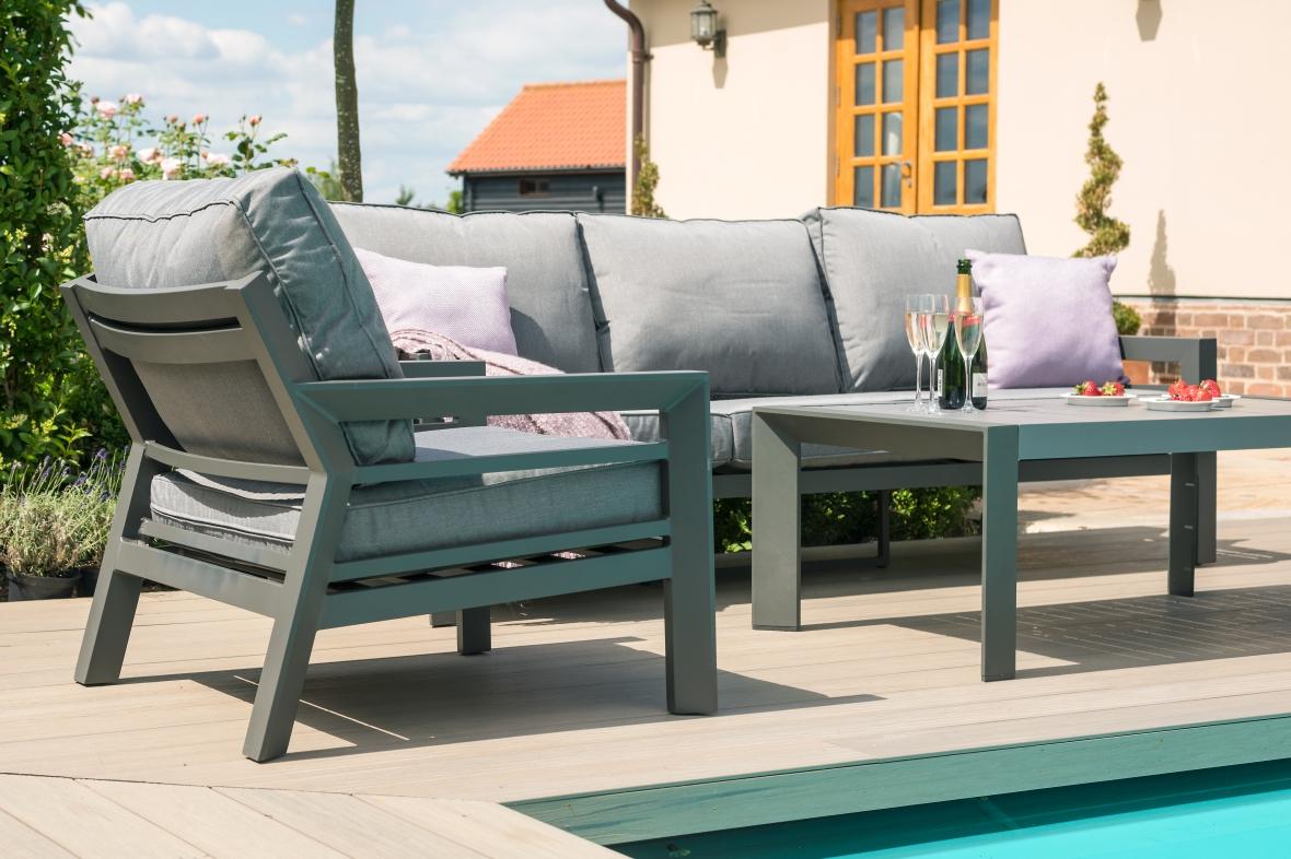 Maze New York 3 Seat Garden Sofa Set