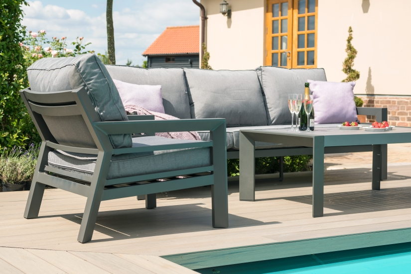 Maze New York 3 Seat Garden Sofa Set